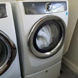 Loud sound of vibration, buzz Electrolux Dryer