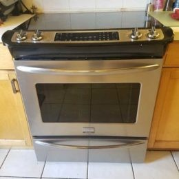 One of the heating element does not work Frigidaire Range